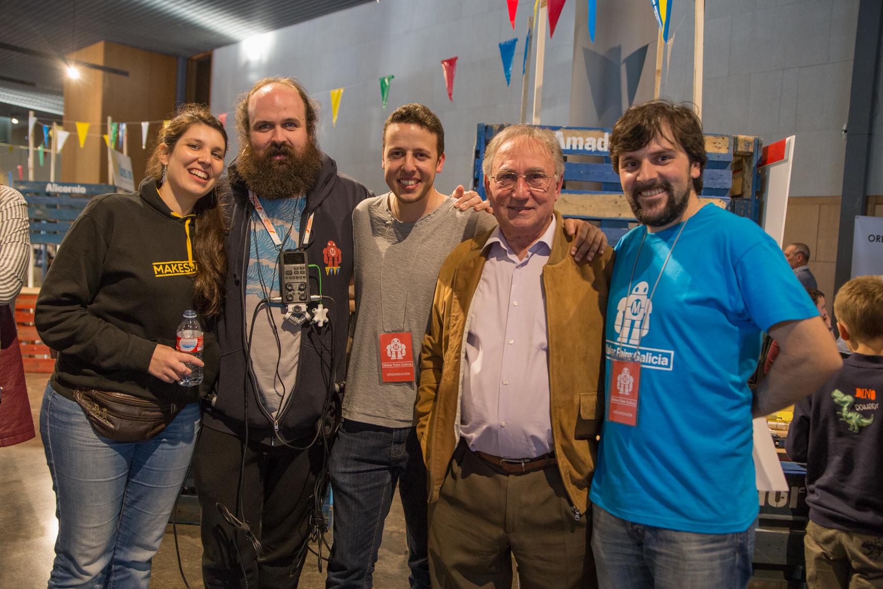 Foto con José Manuel Hermo de Motores Patelo en Maker Faire Galicia