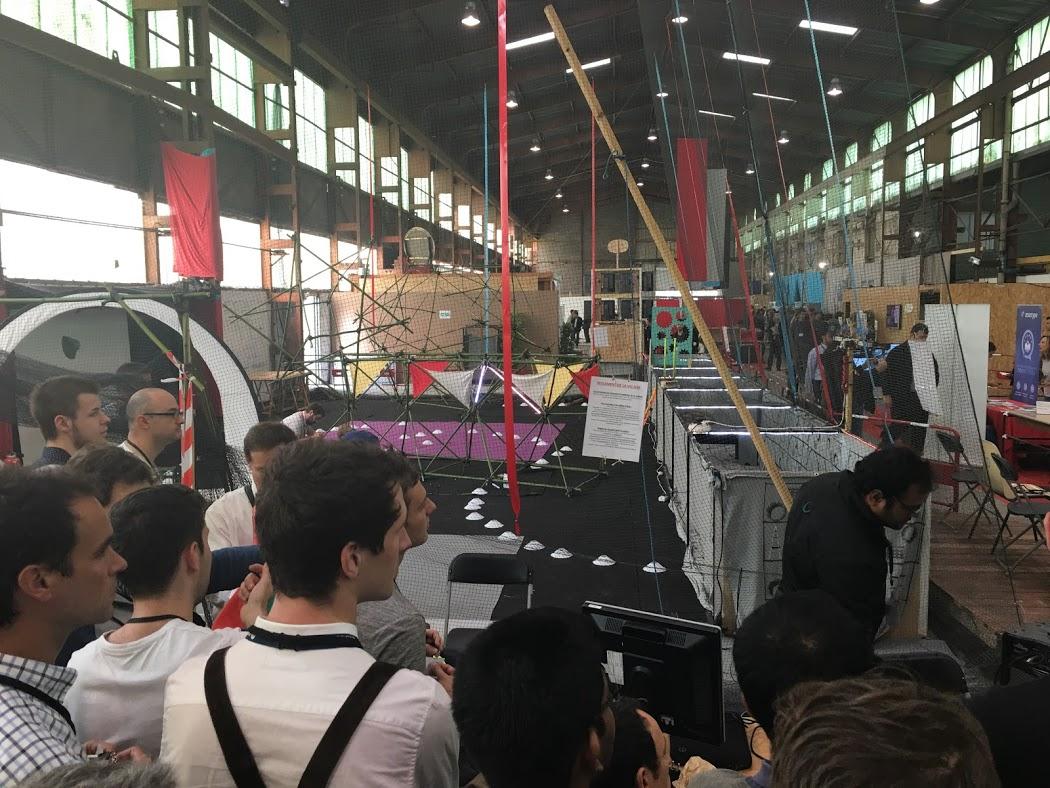 Competición de drones en Fablab Festival