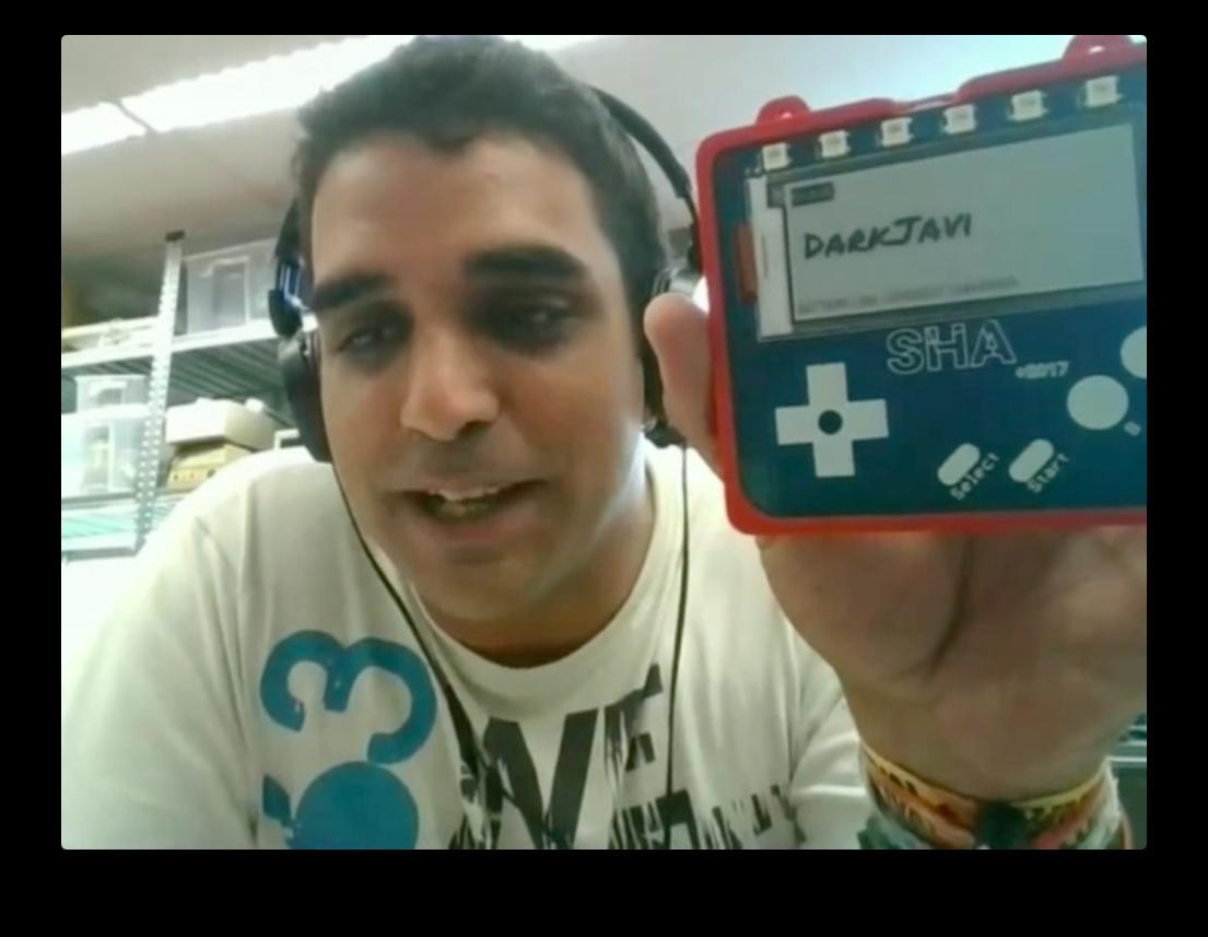 Javi hablando del badge SHA2017